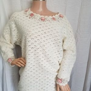 shenanigans Sweaters - Vintage Sweater Cream & Rossettes Plus Size (F10)